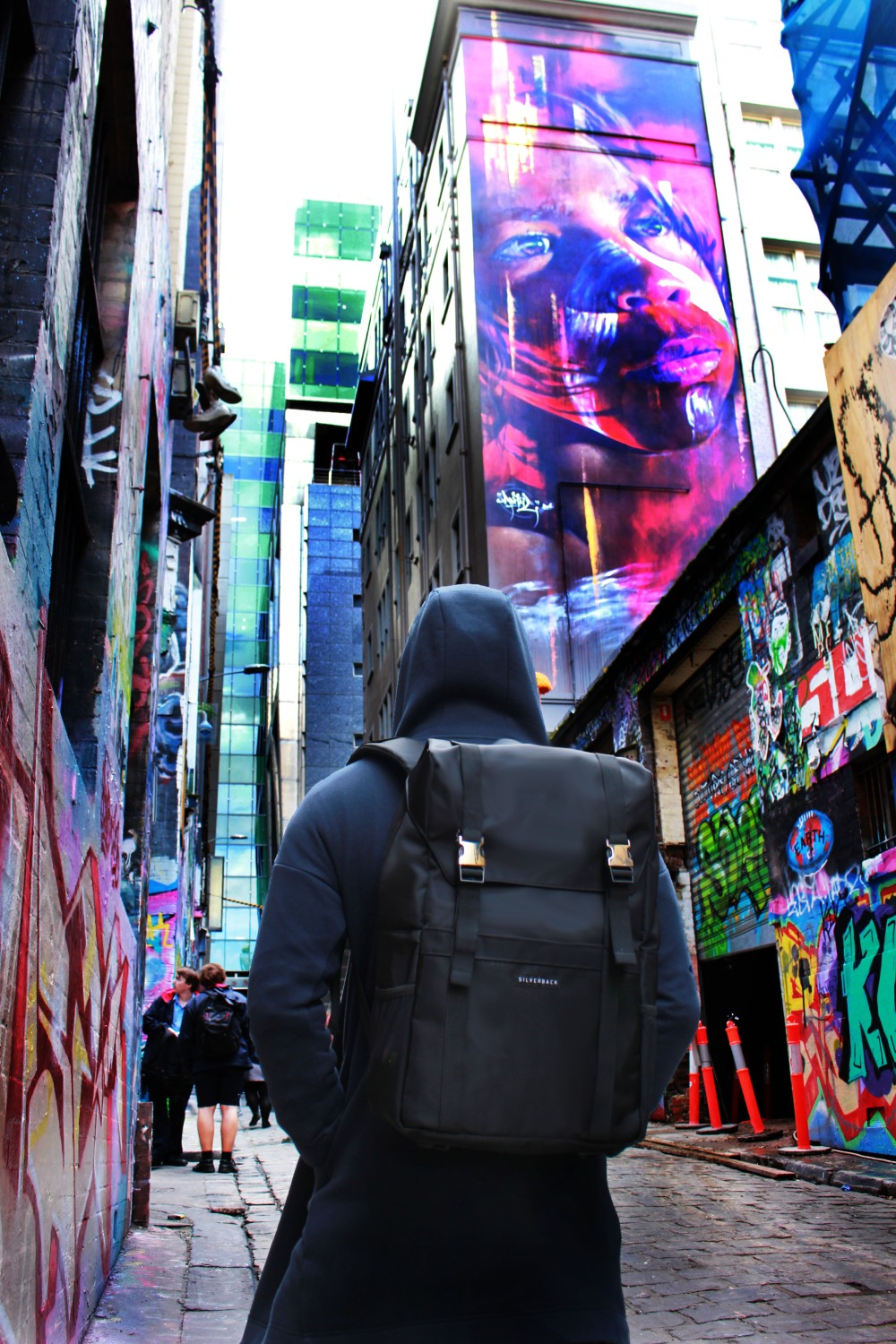 Jumelle Hosier Lane2